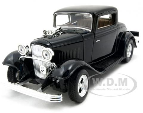 1932 Ford Coupe Black 1/24 Diecast Model Car